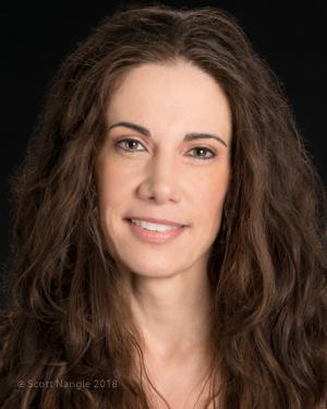 Elizabeth Mayer
